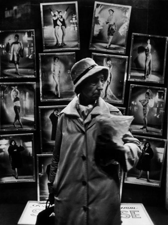 © Christer Strömholm - Paris, towards the end of 1950's. S)
