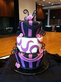 Pastel Maléfica #Cakes #Pasteles y #Cupcakes para #Bodas y #15Años #Fondant | DaVinci http://bit.ly/1v3zvMi