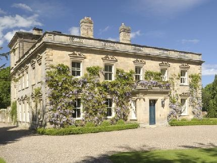 Eshott Hall in Norhumberland is an elegant 17th century house which is hired exclusively as you celebrate your wedding. Accommodation is also available allowing you & your guests to stay over for the weekend.