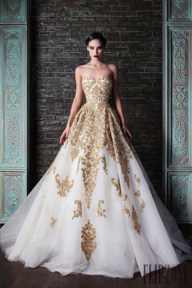 Rami Kadi white and gold wedding dress // Pinned by Dauphine Magazine x Castlefield - Curated by Castlefield Bridal & Branding Atelier and delivering the ultimate experience for the haute couture connoisseur! Dauphine Magazine (luxury bridal and fashion crossover): www.dauphinemagazine.com, @dauphinemagazine on Instagram, and @dauphinemag on Pinterest • Visit Castlefield: www.castlefield.co and @ castlefieldco on Instagram / Luxury, fashion, weddings, bridal, style, art, design, jewelry…