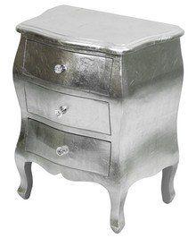 Niecodzienna komoda w srebrnym kolorze to ciekawy mebel łączący ponadczasową formę z nowoczesną stylistyką. To komoda na pewno bardzo efektowna, która...