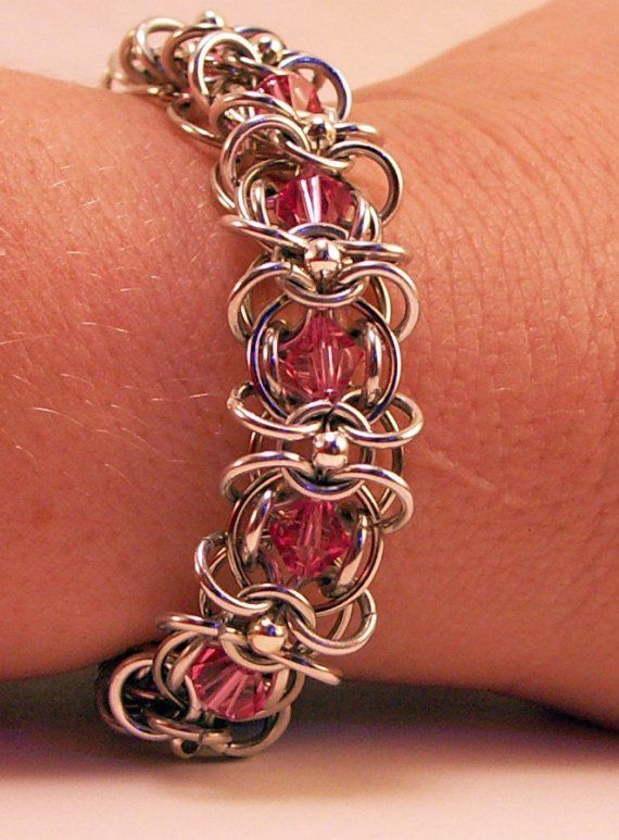 Chainmaille Bracelet With Pink Swarovski Crystals por BarbsDesigns, $40.00