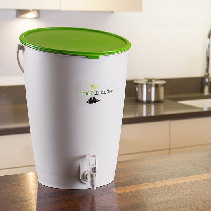 interesting indoor compost bucket makes compost and compost tea relatively quickly