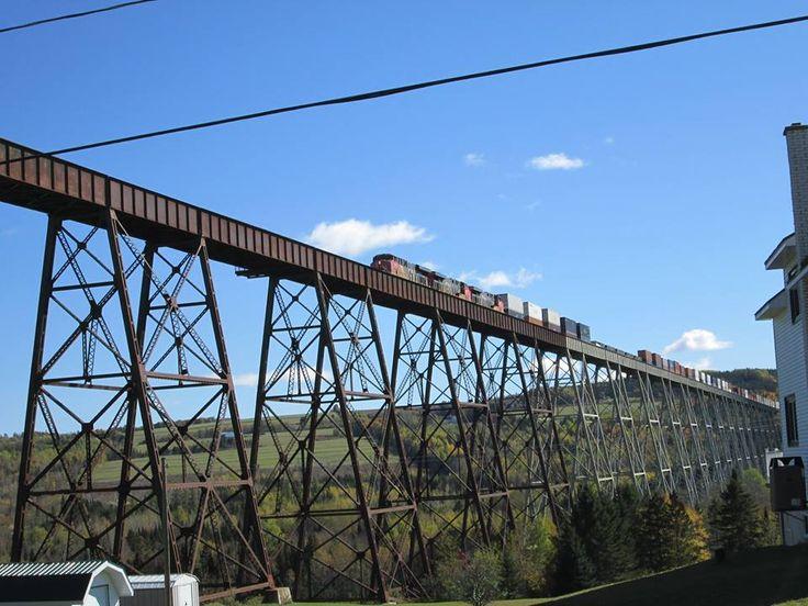 Saturday 10/10/2015 Cn Q 12111 at Salmons River Bridge sector Grand Falls NB