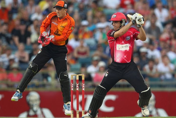 #T20 - SYDNEY SIXERS VS PERTH SCORCHERS #match is on right now take a look at our live betting options now!! https://www.justbet.co.za/index.php/bethome/action/liveevent/eventid/528737/