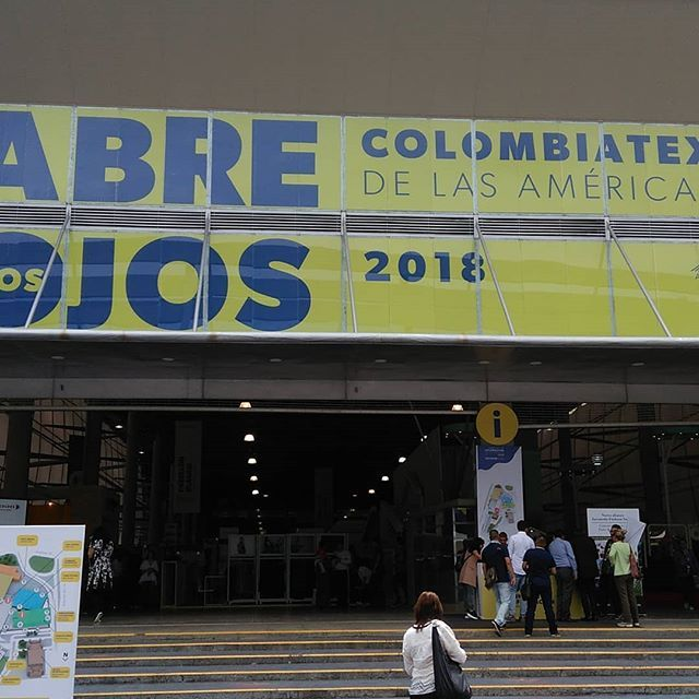 Hoy estamos en #Colombiatex2018  en el DENIM Day.