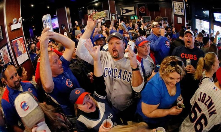 These 9 Wrigleyville Bars Aren't Charging Cover for the World Series