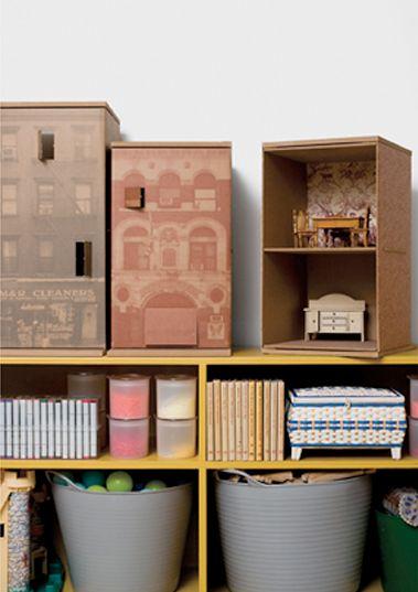 Cardboard Dollhouses  Huset