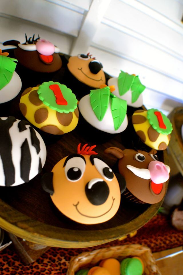 Little Wish Parties | Disney Lion King First Birthday | https://littlewishparties.com