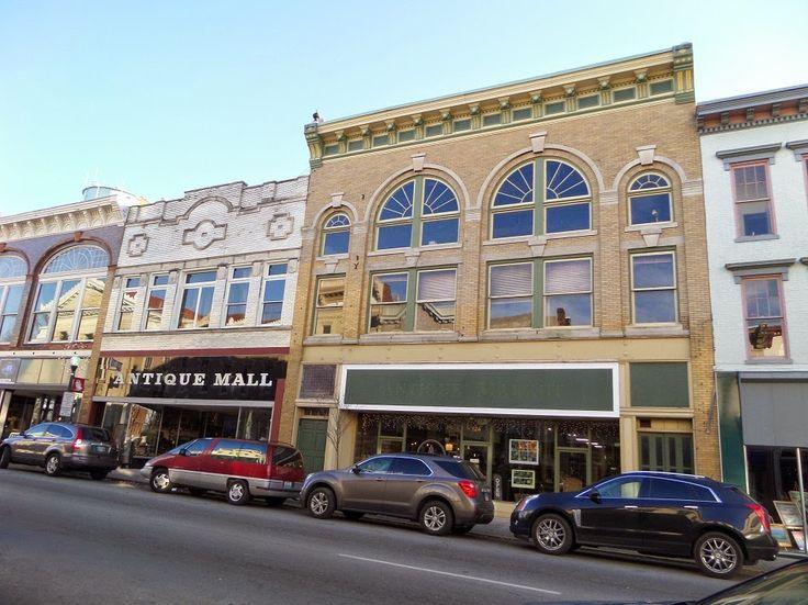Main Street Tours Louisville Ohio