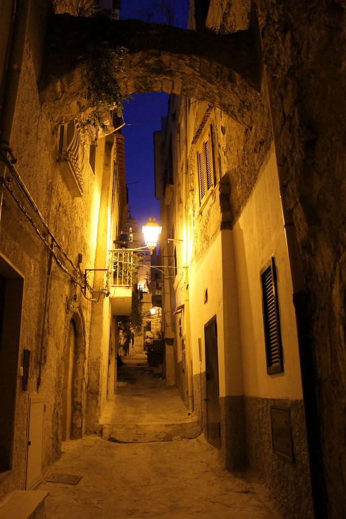 Vieste by night . Historical center | A perfect place for a contemporary art/music/dance PRIZE! www.madprize.it