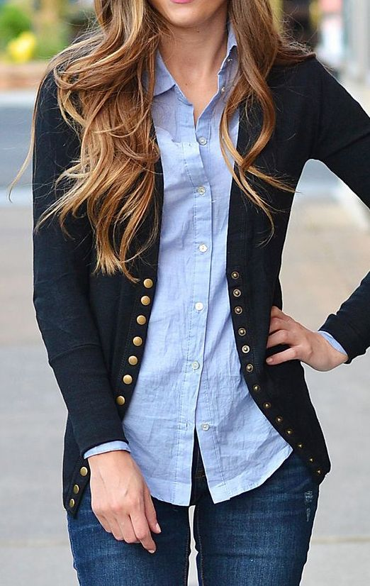 Street style | Denim, button up navy cardigan over chambray shirt