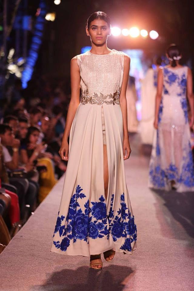 Suit Manish Malhotra   slit ivory anarkli floral embroidery   Lakme Fashion Week Summer Resort 2015   thedelhibride Indian weddings blog