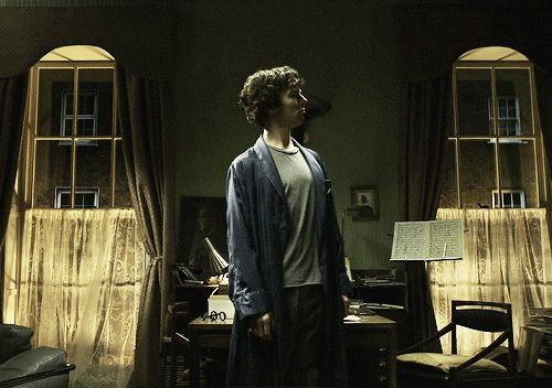 Sherlock (Benedict Cumberbatch) Gif