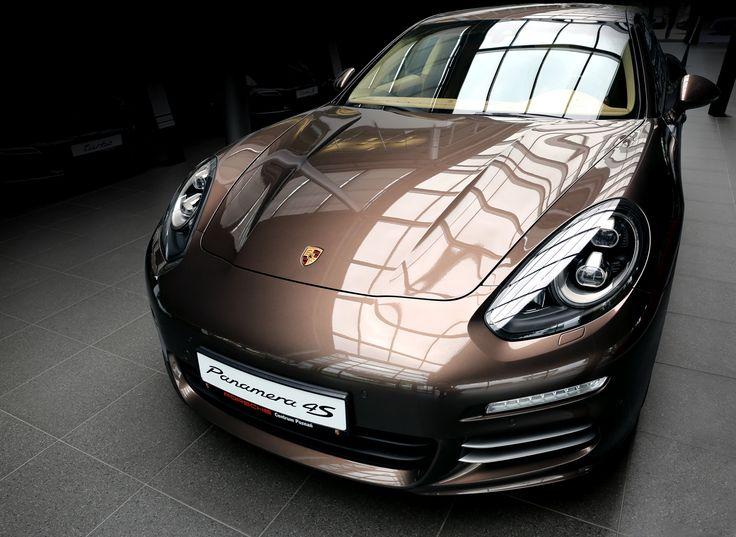 Porsche Centrum Poznań - poznaj wnętrze naszego salonu i poczuj ducha Porsche! #porsche #porschepolska #porschepoznań #poznań #cars #luxurycars #panamera