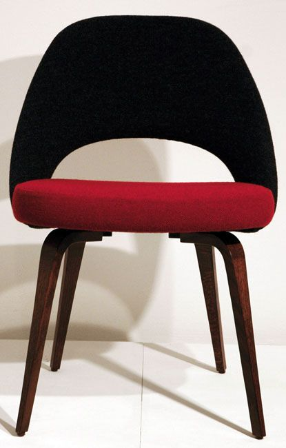 Conference Chair 72 A) By Eero Saarinen   Knoll International