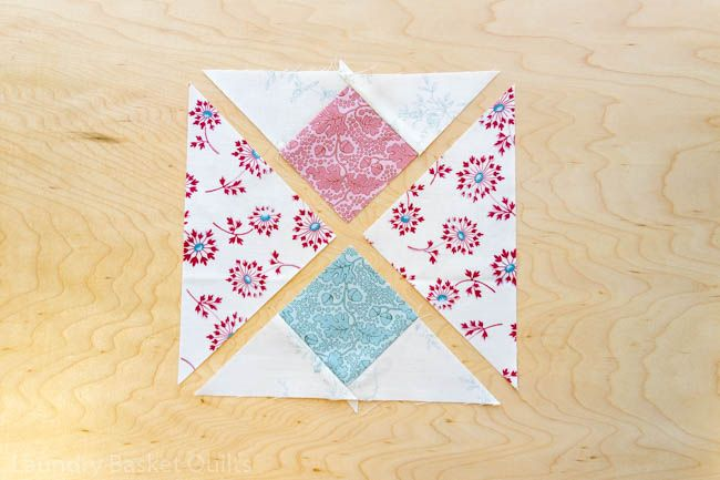 Mystery Quilt 2020 Block 5 In 2020 Mystery Quilt Mystery Quilt Patterns Quilts