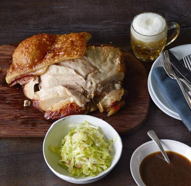 Schweinekrustenbraten mit Biersauce (Grundrezept) - Schweinebraten: einfach und saftig! - [ESSEN UND TRINKEN]