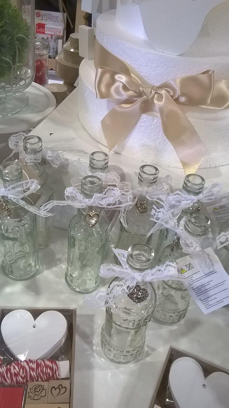 Loisirs et Création Stand mariage bouteilles