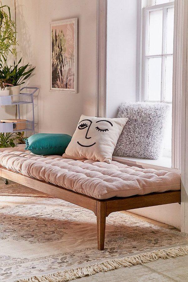 Iris Bed Roll