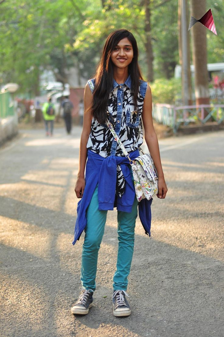 Prachiti Paraskar - Looked super comfy and spunky in all those shades of blue! #realpeoplerealfashion @ Mood Indigo, IIT Bombay