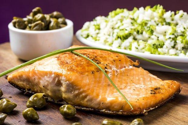 receita salmão alcaparras (Foto: Divulgação)