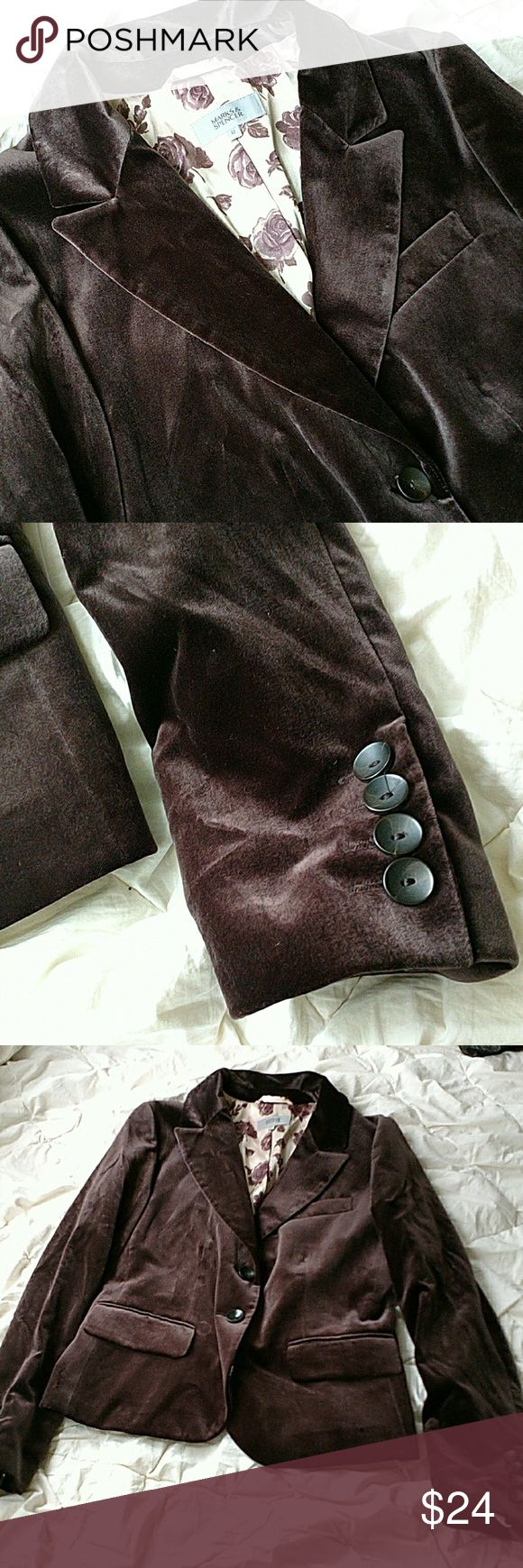 "Marks&Spencer women's brown velvet blazer fall Marks & Spencer women's brown velvet blazer with floral lining, size UK12(US 8). Gently used with no flaws.  Flat Lay Bust: 19"" Length: 23"" Marks & Spencer Jackets & Coats Blazers"