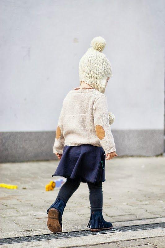 Knit cardigan and fringe shoes by Zara, skirt by Miszkomaszko - Kids Love Styl