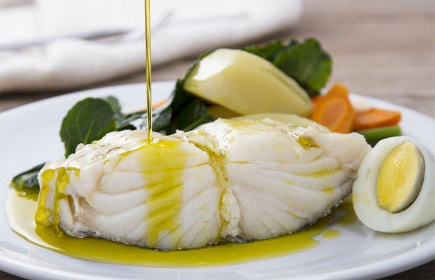 How to make the traditional Portuguese Christmas Eve cod dinner.