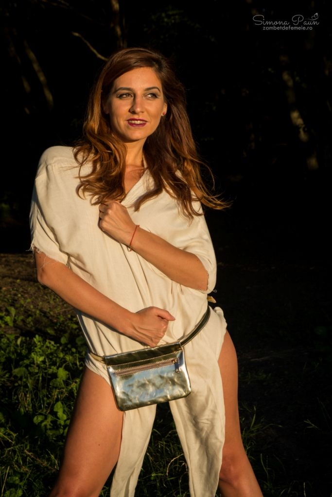 Light Sunglow with Zipper - The ideal fashion bumbag for festivals and traveling. Handmade from genuine leather. #kamabag #kamaloveon #designer #gold 35€