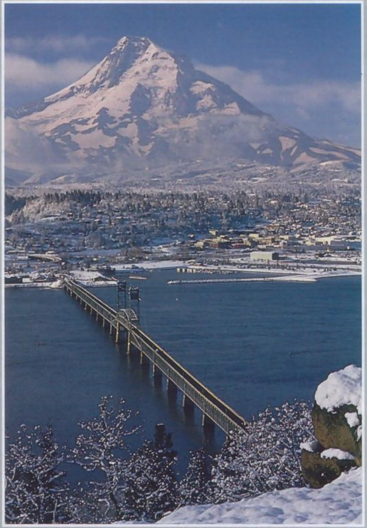 Looking at Hood River, Oregon from White Salmon, Washington in the winter.