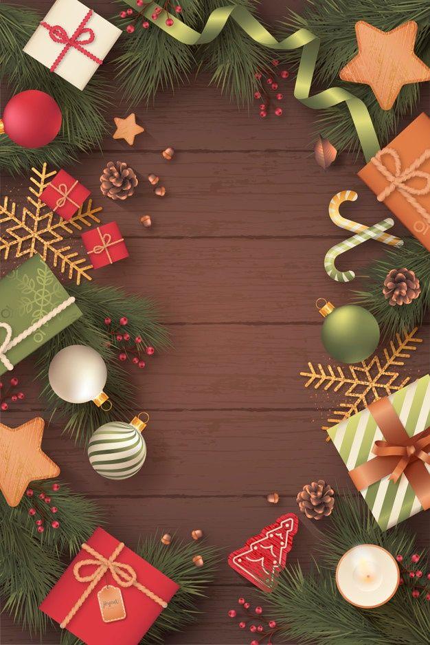 Baixe Cartao De Natal Vertical Realista Em Fundo De Madeira Gratuitamente Christmas Card Background Christmas Card Design Christmas Cards Free