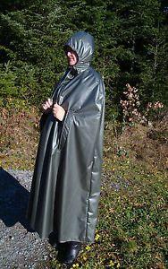 Rain-Cape-Regencape-Regenmantel-Raincoat-Vintage-Lack-gummiert-Pelerine