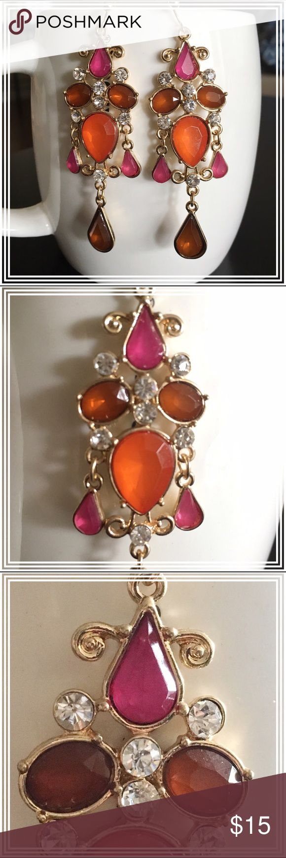"Pink and orange chandelier dangling earrings NWT earrings (temporarily removed from tag to take pictures), this gorgeous piece is approx. 2.75"" long and bounces light off to really sparkle! The setting is gold tone, and the backs of the earrings are hooked. Boutique Jewelry Earrings"