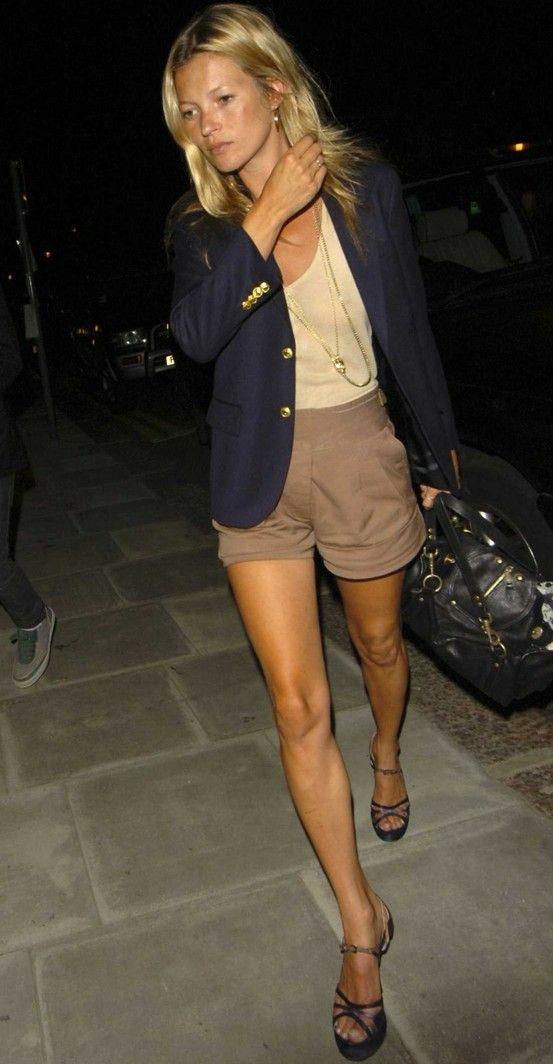 shorts + blazer: Colors Combos, Navy Blazers, Blue Blazers, Katemoss, Blazers And Shorts, Summer Night, The Navy, Kate Moss, Khakis Shorts