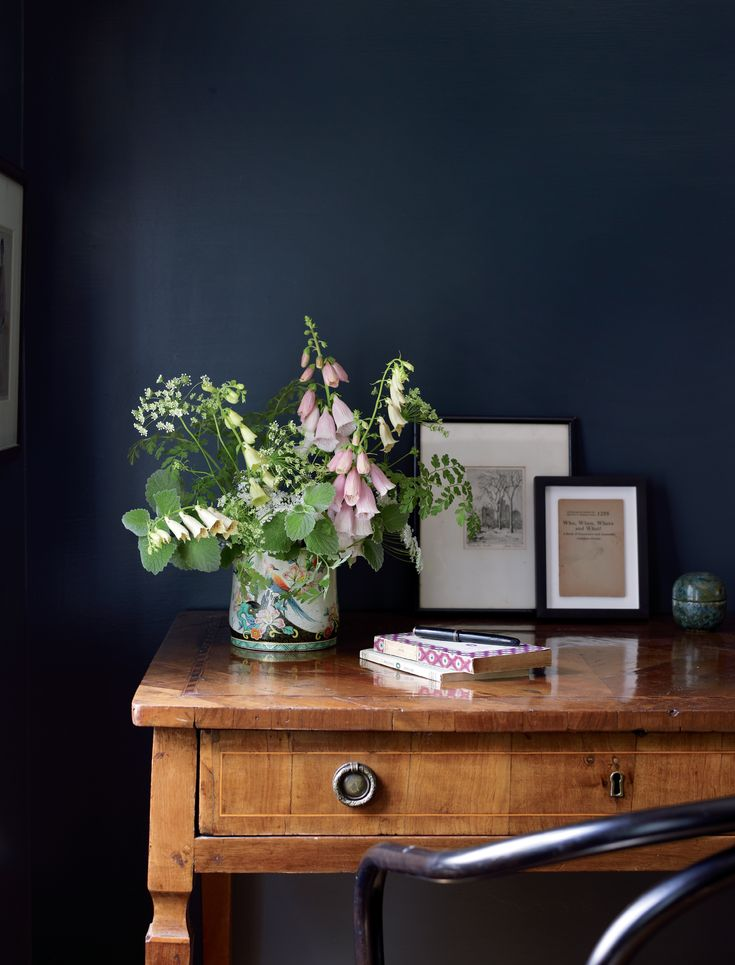 Black And Dark Blue Bedroom best 25+ navy walls ideas on pinterest | dark blue walls, dark