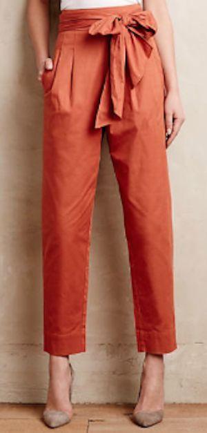 love these orange bow tie crop pants! http://rstyle.me/n/v7wqir9te