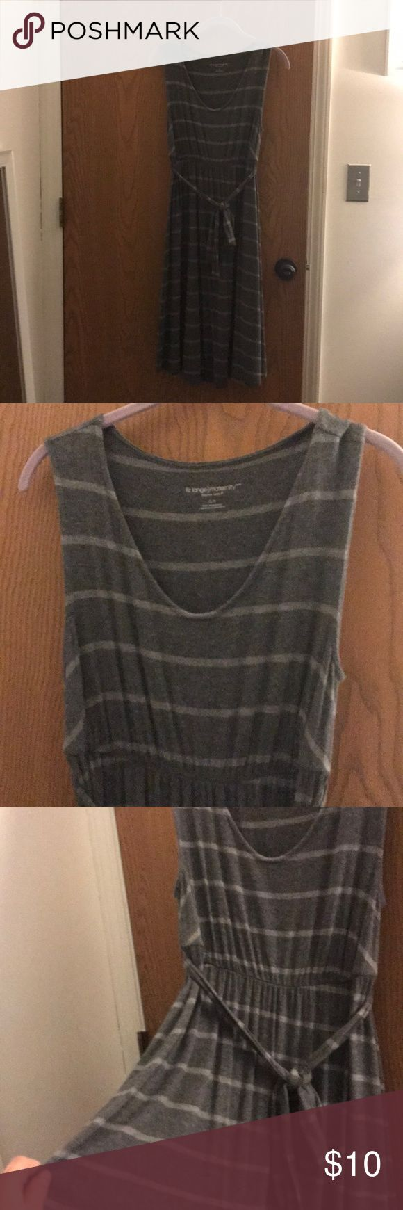 Gray striped maternity dress Gray striped maternity dress. Super comfy and stretchy. In good used condition-no issues. Liz Lange for Target Dresses