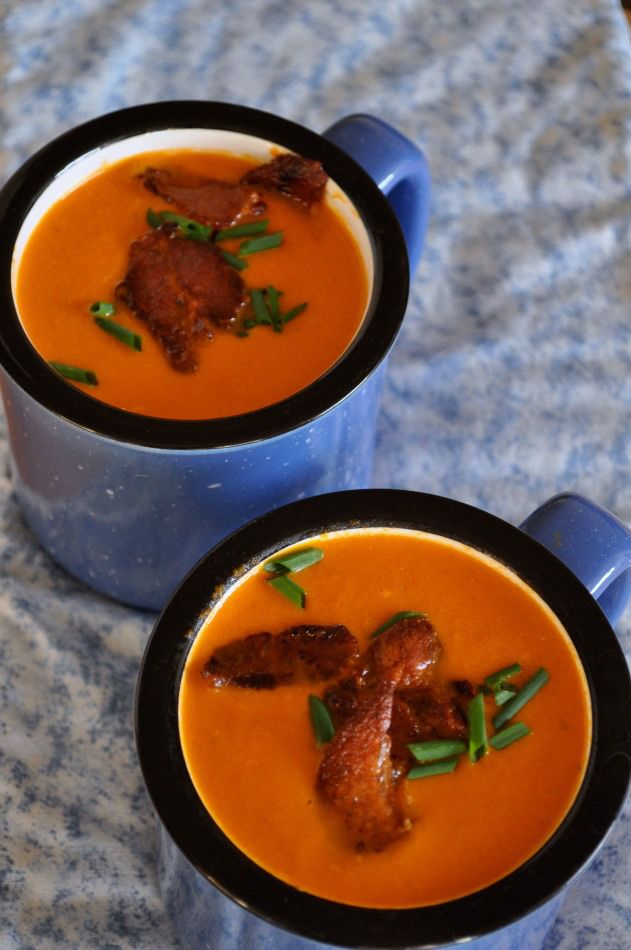 Tomato Soup with Basil 'n Bacon  |www.flavourandsavour.com #creamy #tomato #bacon #basil