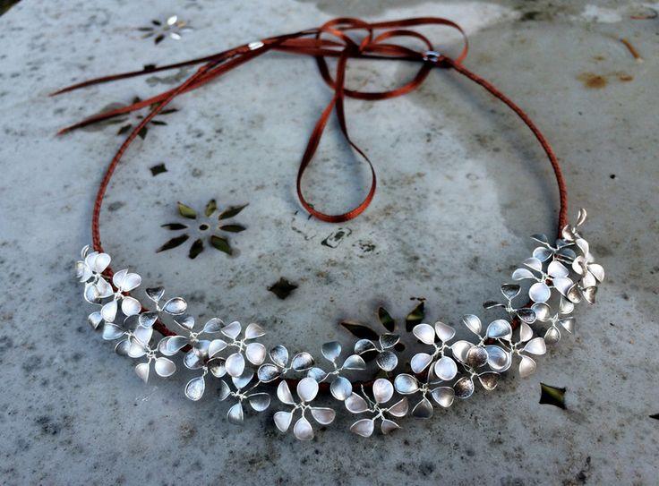 Auffälliger Haarkranz in Silber von Streublumen auf DaWanda.com