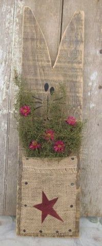 COUNTRY CAT WOOD FIGURE Primitive Country Display Spring Flowers Rustic Red Star