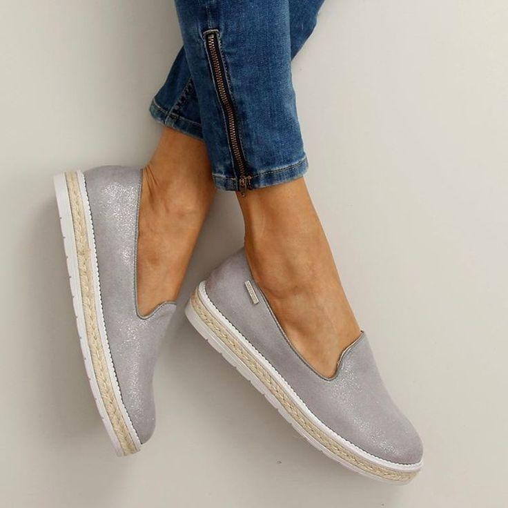 16 отметок «Нравится», 1 комментариев — Polstar. Стильная Обувь (@polstar1916) в Instagram: «Стильные слипы 😍😍😍KOD : 6081. Внутри натуральная кожа 👌🏻Размер 36-41. Отличное качество 🔥Цена 980…»