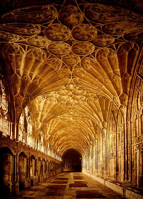 Gloucester Cathedral - early morning in the cloisters (photo by Steven Meyer-Rassow, CowGummy,