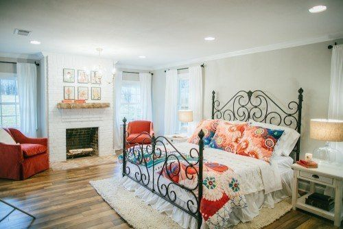 Fixer Upper Season 2 | Chip and Joanna Gaines Renovation | The Tire Swing House | Master Bedroom | Natural Light | Hardwood Flooring