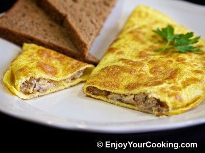 Omelette Stuffed with Mushrooms and Onions