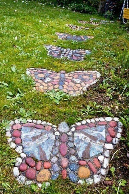 gartendekoration selber machen Mosaikschmetterlinge aus Steinen