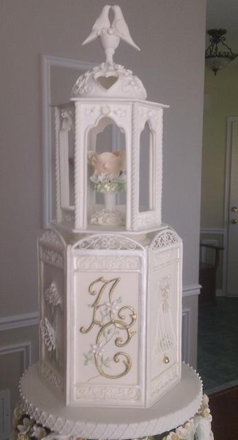 Vintage Wedding Cake (5), via Flickr.