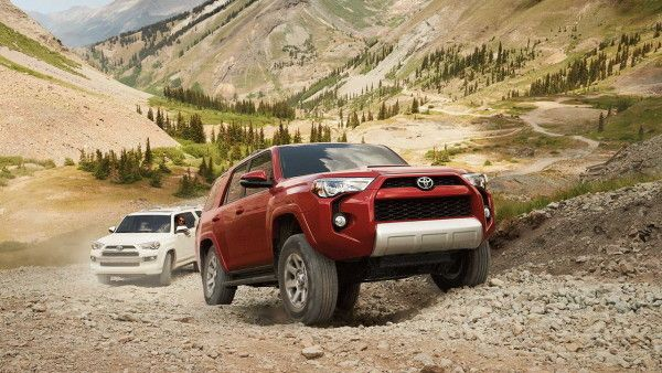 2016-Toyota-4Runner-6