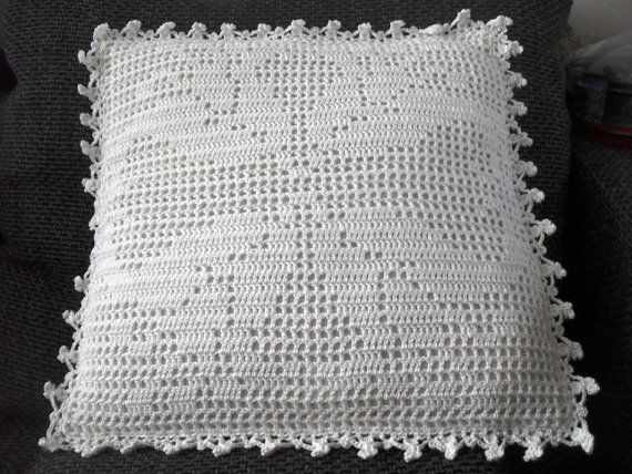 Filet Crochet PatternWhite Tulips pillow door BlageCrochetDesign