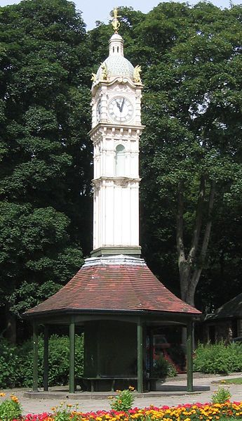1904 Street Clock, Roundhay Road, Oakwood Leeds